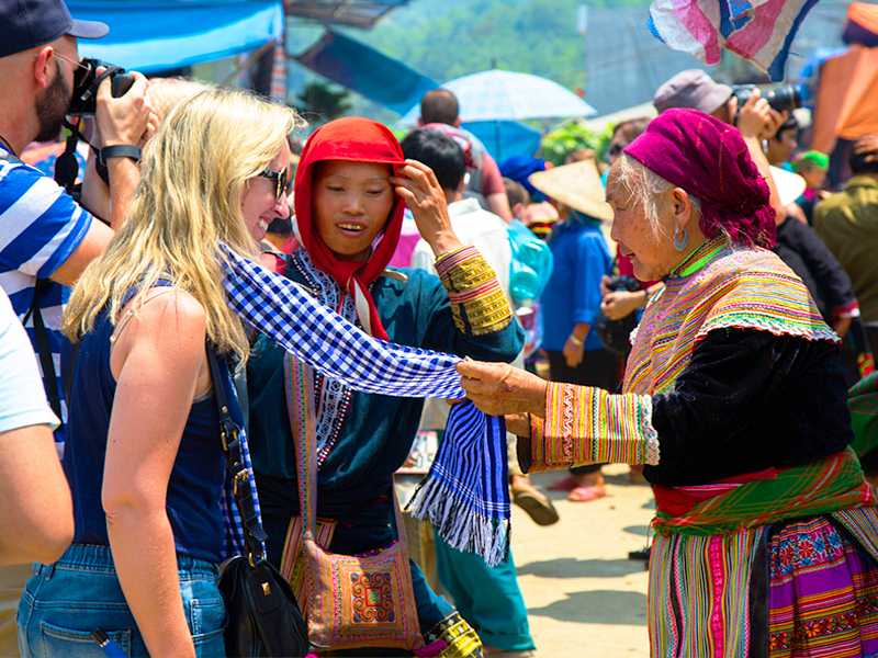 Sapa Tour + Bac Ha Market By Bus 2 Days 1 Night Hotel in Sapa