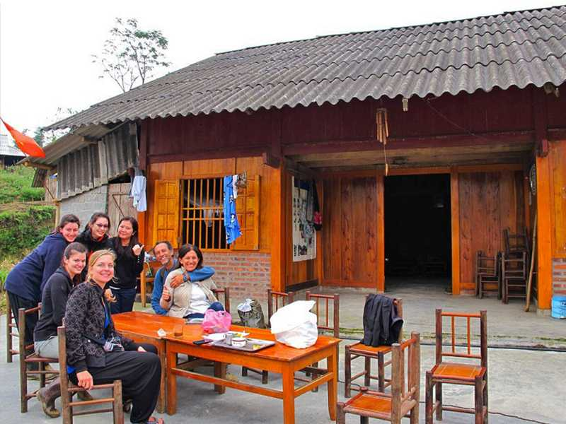 Sapa Tour By Bus 2 Days 1 Night Homestay in Sapa